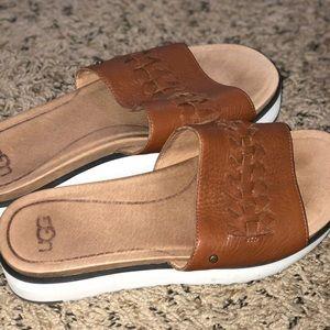 9bcebaa3ec1 UGG Delaney sandals